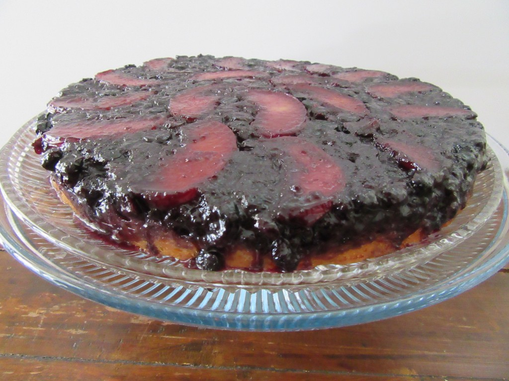 Blueberry Peach Upside Down Cake 005
