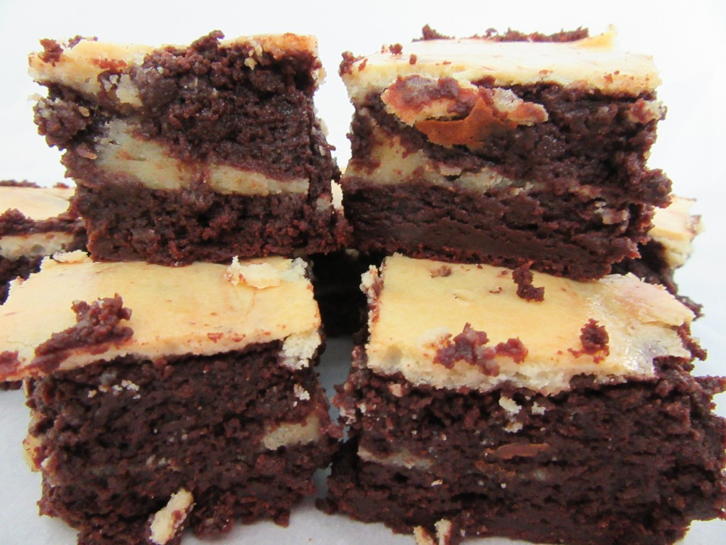 Cream Cheese Brownies 033