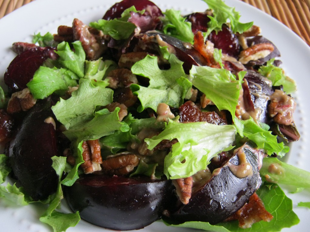 Plum Bacon Salad with Balsamic Pecan Pesto 001